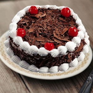 Black Forest Cake - Send Cakes to Noida Online