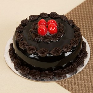 Round Shape Chocolate Truffle Cake - Send Cakes to Noida Online