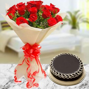 10 Red Roses with Cake - Flower Delivery in Bangalore