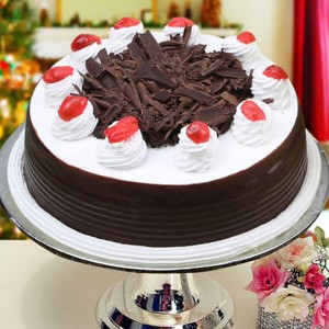 Online Black Forest 1kg - Send Cakes to Noida Online