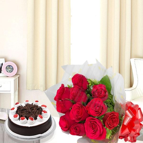 A Roses N Cake
