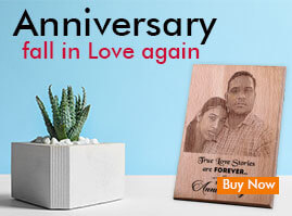 Send anniversary personalizee gifts Online